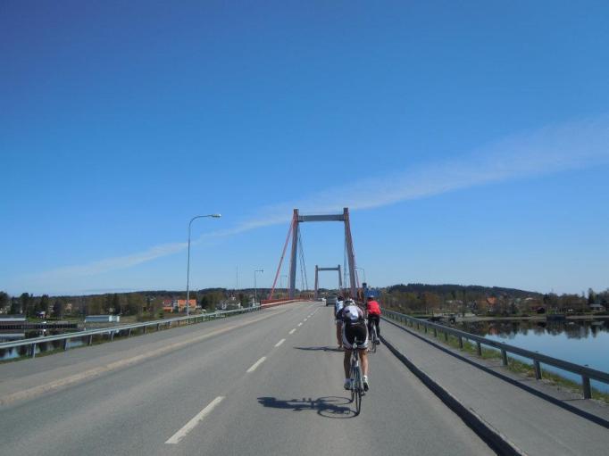 Många vackra broar över många vackra vattendrag, här i Strömsund.